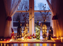 Cute And Warm Christmas Decora...