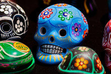 DECORATED SKULLS WITH COLORS F...