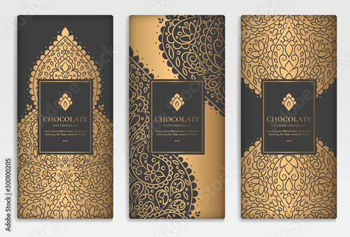 Pinturas sobre lienzo  Black and gold luxury packaging design of chocolate bars