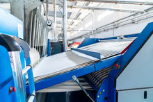 Industrial Washed Laundry Perssing For Big Amount Of Textiles