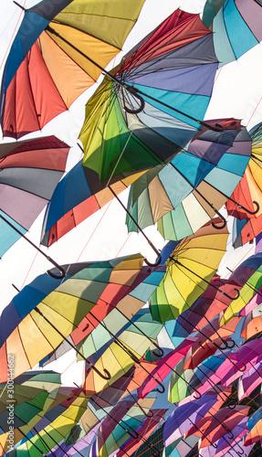 Garda-chuvas coloridos Canvas-taulu