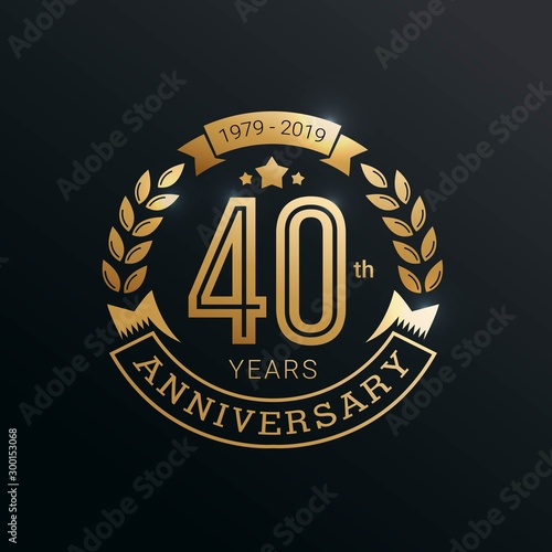 Fotomural  Anniversary golden badge 25 Years with gold style Vector Illustration