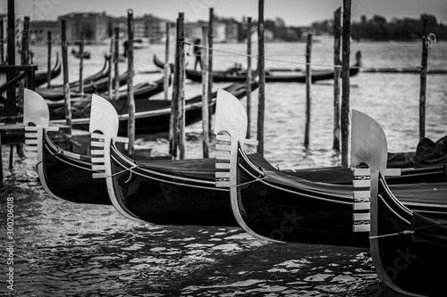 Fototapeta Gondeln in Venedig obraz na płótnie