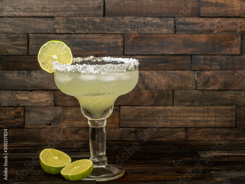 Door stickers Alcohol Margarita cocktail drink with lime on ice