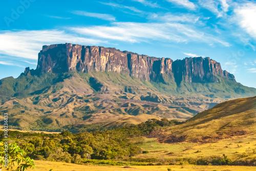 Foto auf Gartenposter Orange Kukenan Table Mount Called in Pemon Indians Language Kukenan Tepui, La Gran Sabana, Canaima National Park, Venezuela