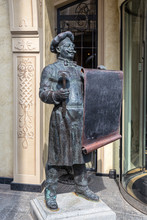 Bronze Statue Of A Chef With A...