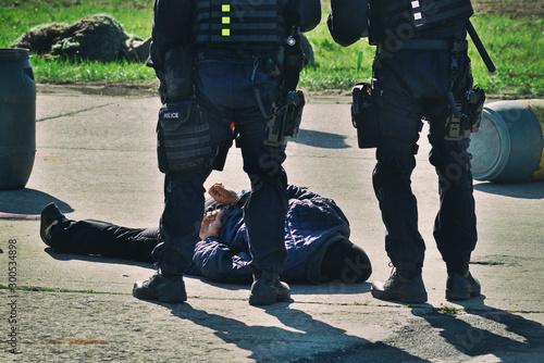 Foto Arrest - anti-terrorist brigade in action.