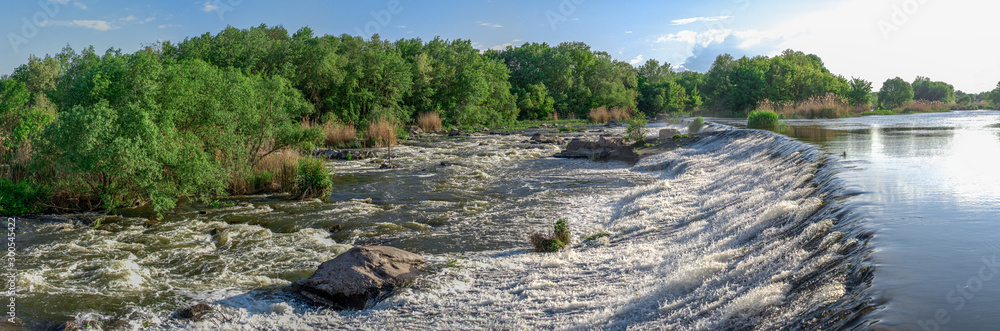Fototapety, obrazy: Dam on the Southern Bug River in Migiya, Ukraine