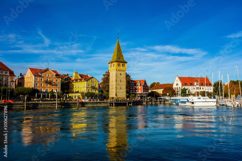 Obraz Colorful buildings and port in Lindau, lake Constance. - fototapety do salonu