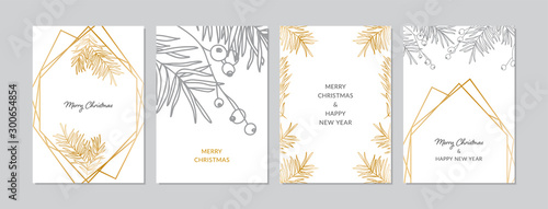 Fotografia Gold and silver Christmas cards set with hand drawn tree branches and berries