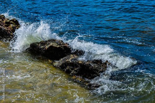 Recorte da Praia de Icaraí em Niterói, Rio de Janeiro, Brasil #300726662