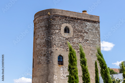 Stone thick tower in a sunny day  in Redondo, Alentejo Slika na platnu