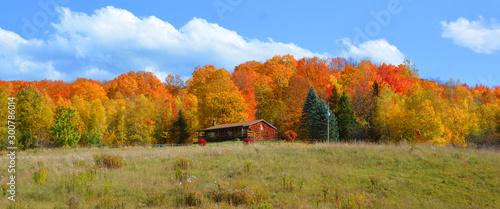 Autocollant pour porte Rivière de la forêt Fall landscape eastern townships Bromont Quebec province Canada