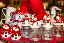 Funny Glass Jars With Snowman Decoration On Lid