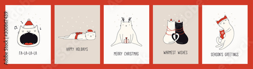 Papiers peints Des Illustrations Collection of hand drawn Christmas cards with cute cats in Santa Claus hats, quotes. Vector illustration. Line drawing. Design concept for holiday print, invite, banner, gift tag.