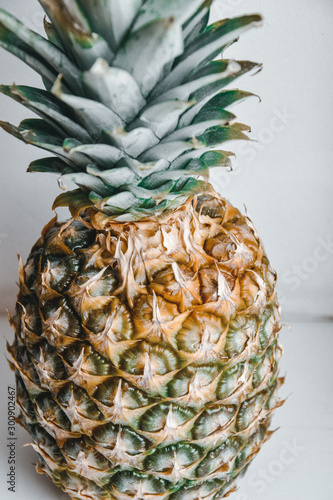 Fototapety, obrazy: fresh pineapple on the white background