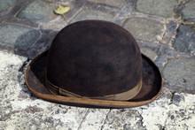 Vintage Bowler Hat Or Brown De...