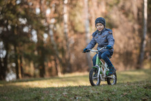 Six Years Old Boy Rides Bicycl...