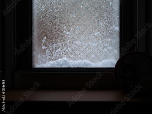 Fotografie, Obraz  Snow on the window