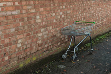 Metal Wire Shopping Trolley Ag...