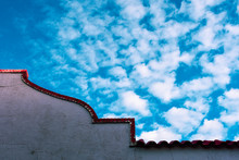 Roofline Detail In Colourful S...