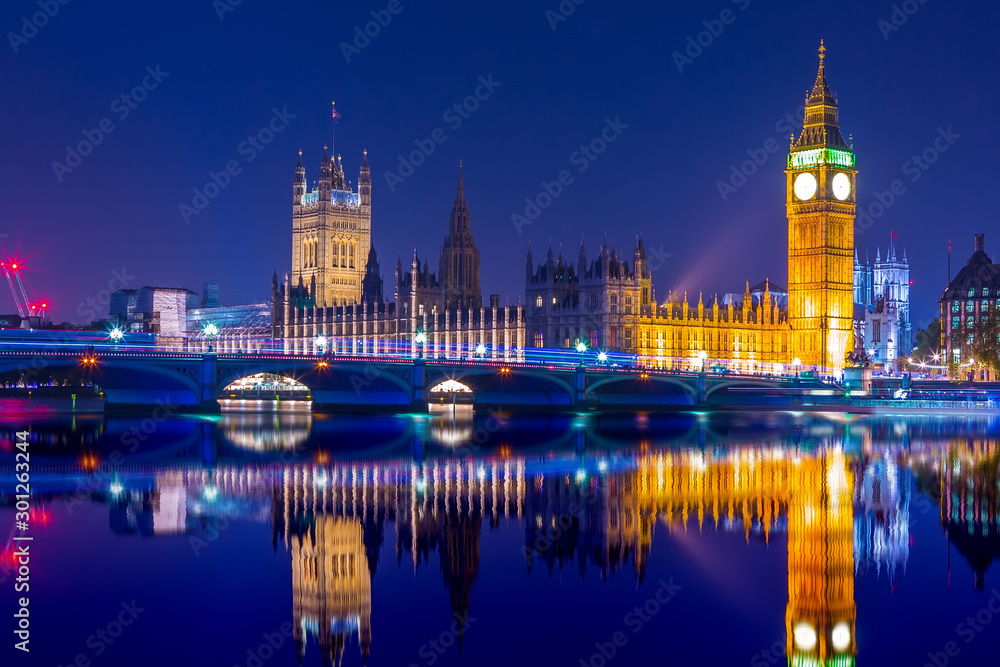 Fototapety, obrazy: Big Ben clock tower on River Thames in Westminster, London at night. Long exposure.