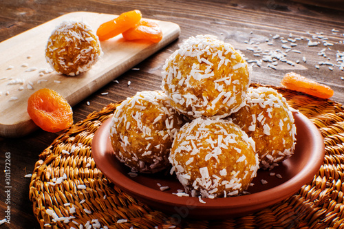 Cuadros en Lienzo Protein balls with apricots and coconuts Apricot Energy balls, selective focus