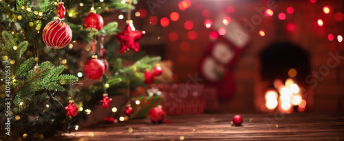 Foto Christmas Tree with Decorations