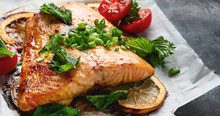 Grilled Salmon With Lemon And Herb
