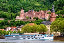 Heidelberg City On Neckar Rive...
