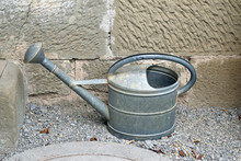 Old Metal Watering Can 6903-042