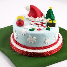 Christmas Fondant Cake With Santa Hat