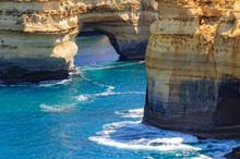Arch Of The Muttonbird Island ...