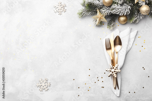 Christmas or new year table setting - 301504210