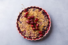 Cherry, Red Berry Crumble In B...