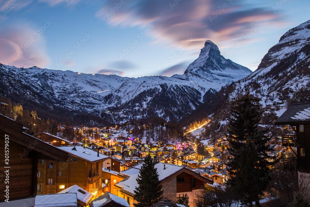 Fototapeta Paysage de montages - Zermatt - Suisse