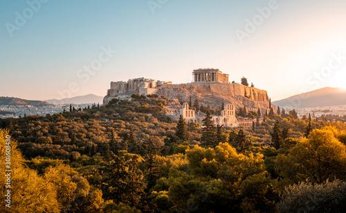 Foto  Parthenon bei Sonnenaufgang in Athen, Griechenland