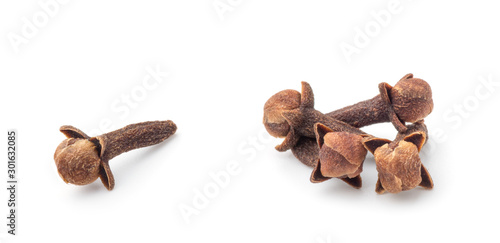 Foto Spice cloves on white background