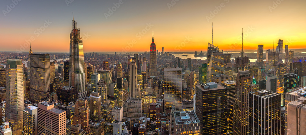 Fototapety, obrazy: New York City Manhattan buildings skyline sunset evening 2019 November
