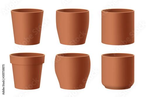 Fotografía Set of realistic brown ceramic flower pots