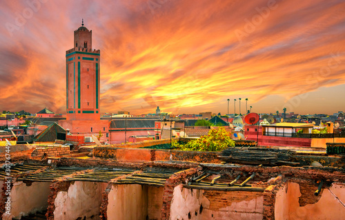 Fotobehang Oranje eclat Panoramic sunset view of Marrakech and old medina, Morocco