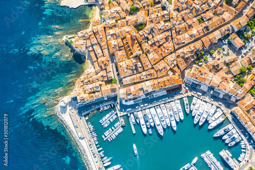 Valokuvatapetti View of the city of Saint-Tropez, Provence, Cote d'Azur, a popular destination f