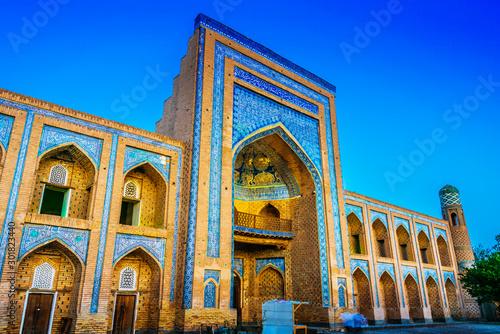 Foto  Historic architecture of Khiva, Uzbekistan