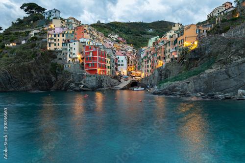 Fototapeta Zachód słońca w Rio Maggiore, Cinque Terre, Liguria, La Spezia, Włochy obraz