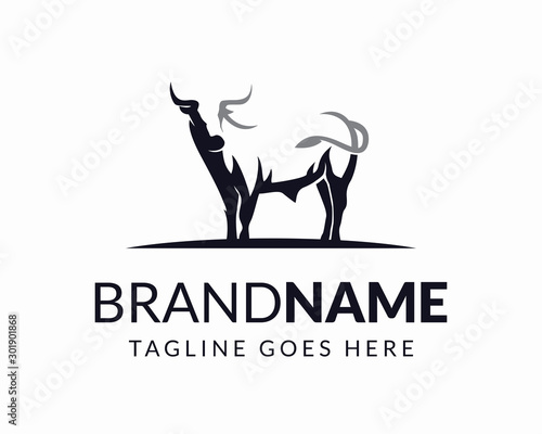 Photo Awesome Bull Logo Design Vector Template