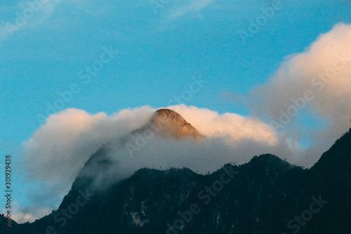 Photo sur Toile Montagne Chiang dow
