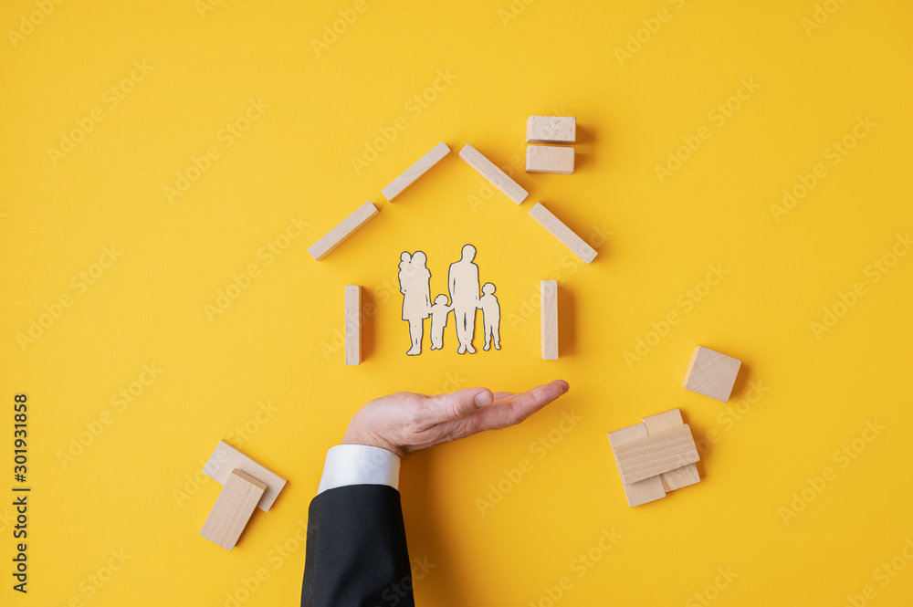Fototapety, obrazy: Insurance and home ownership concept