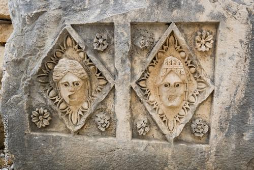 Photo Ancient bas-relief in city Myra, Turkey