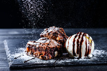 Hot Chocolate Brownie Dessert ...