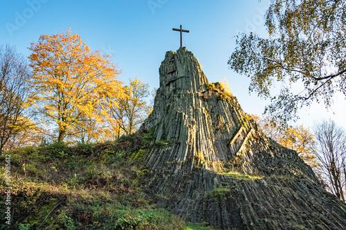 Obraz na plátně Druidenstein, Landschaft im Westerwald, Kirchen, Rheinland-Pfalz